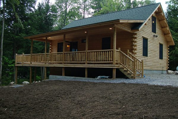 The front porch of a newly constructed home from Big Twig Homes.