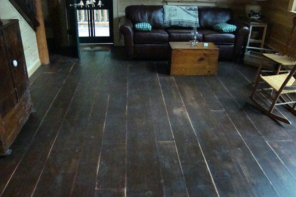 Wide plank wood flooring.