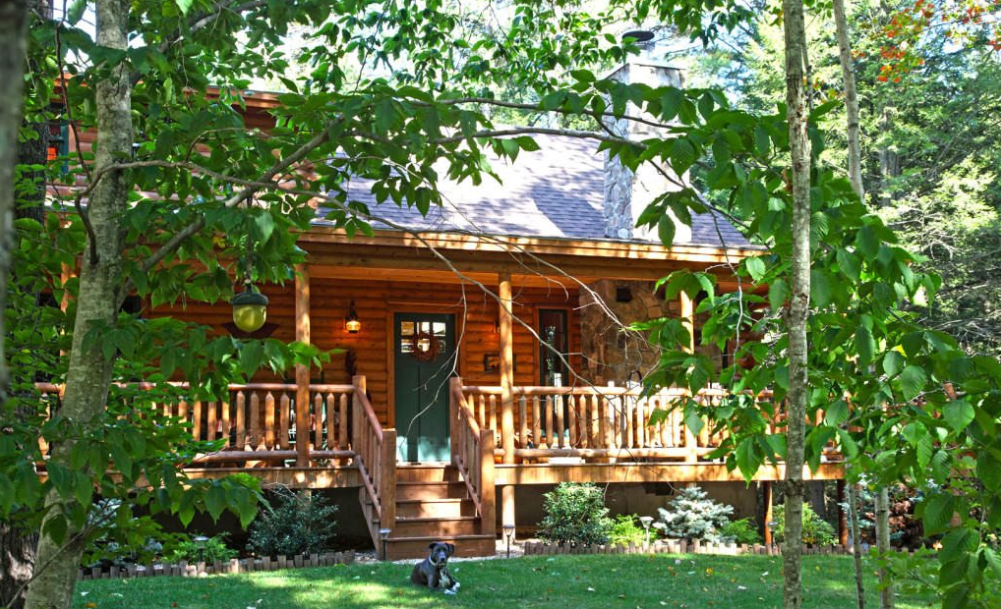 Building Your Cedar Log Home in Pigeon Forge, TN