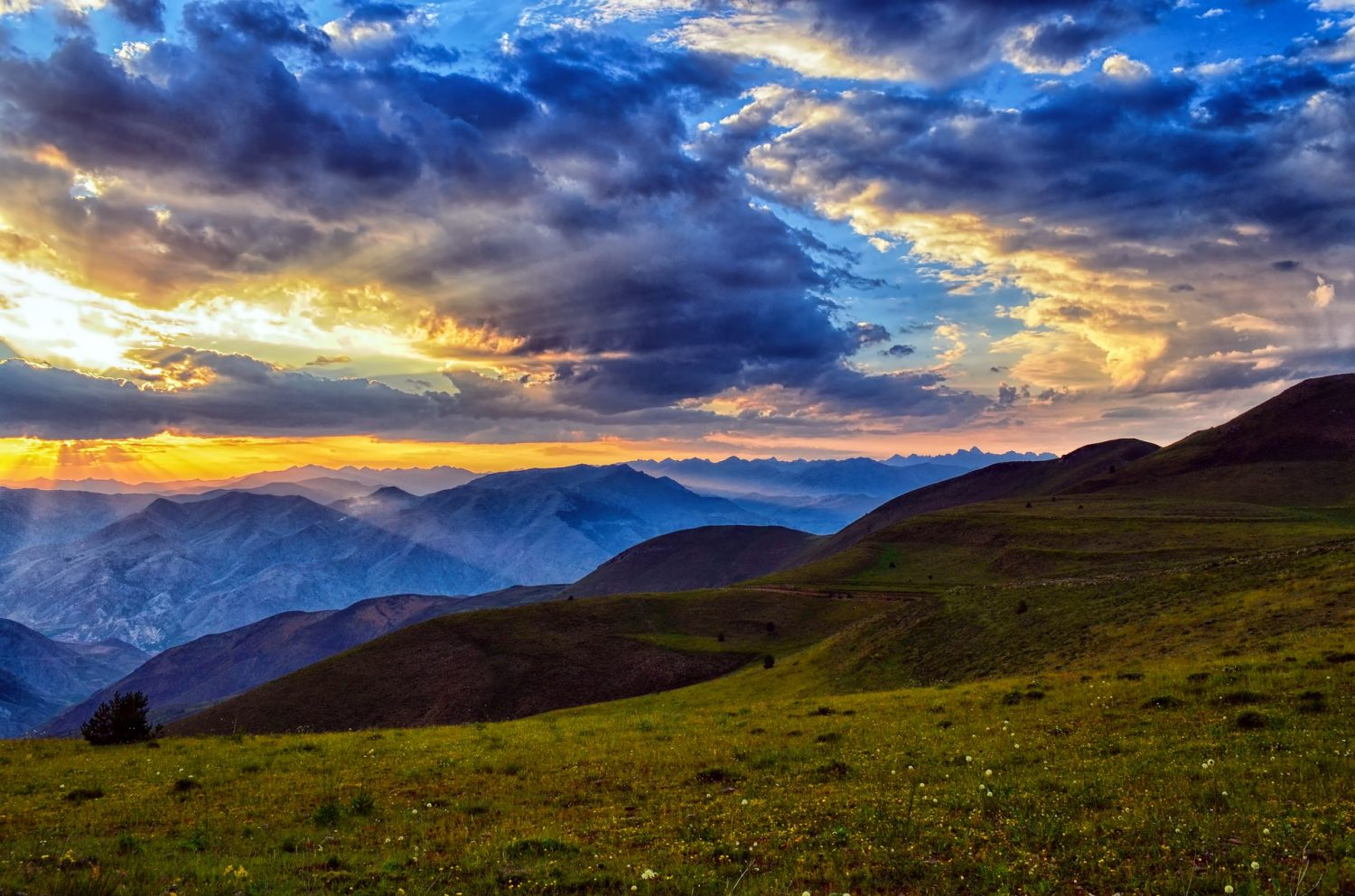 6 Reasons to Move to the Mountains